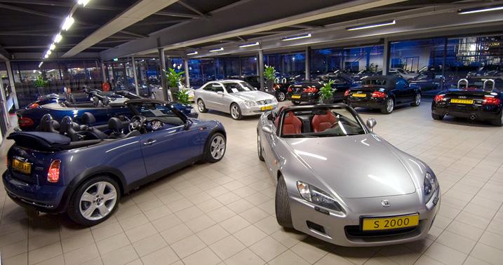 Showroom Adelaar Autos In Apeldoorn
