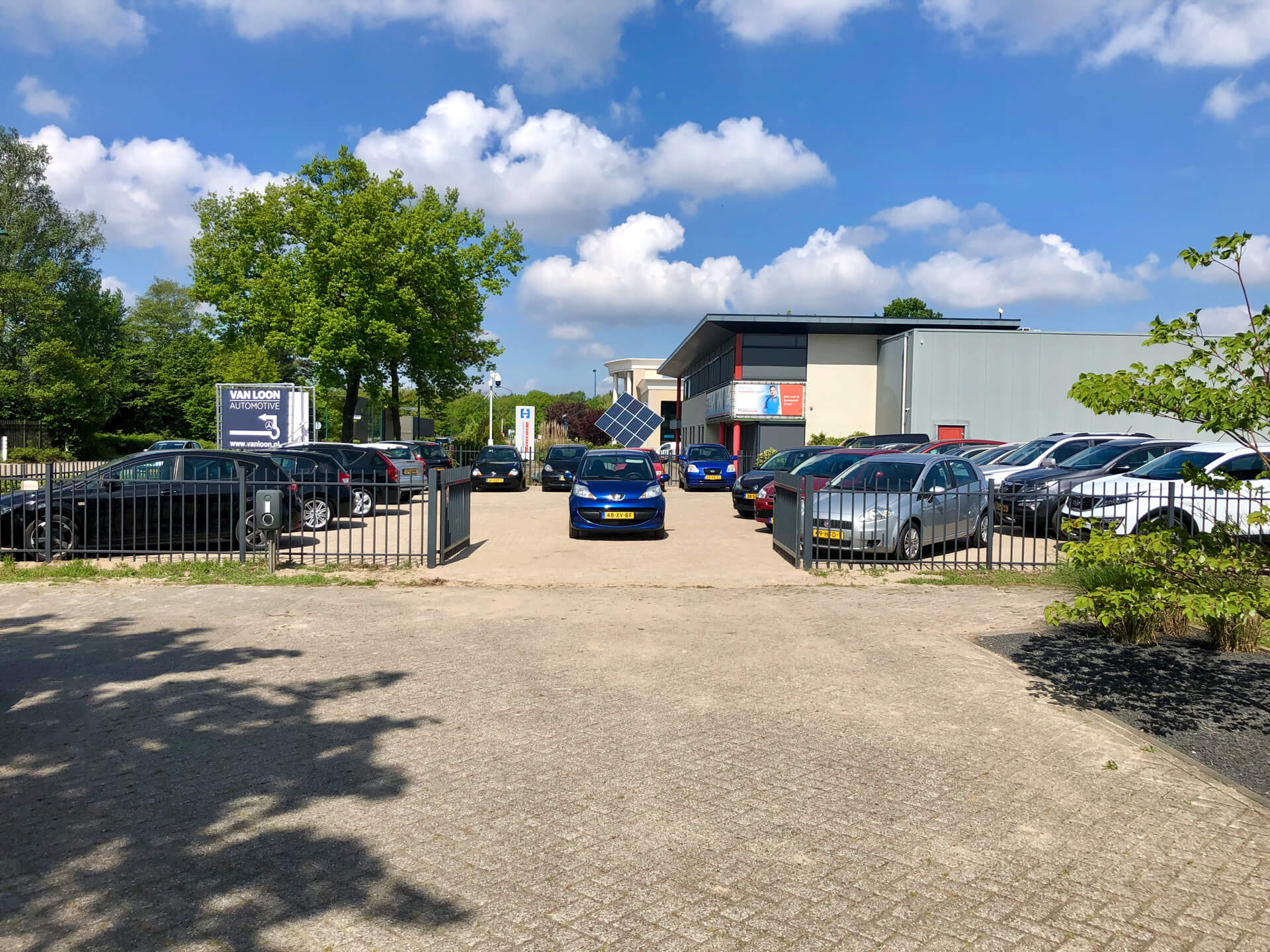 Over ons Van Loon Automotive